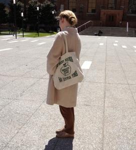 green apple tote bag detail